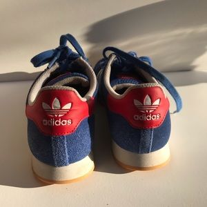 Adidas Samoa Stripe excellent condition Shoes 4.5